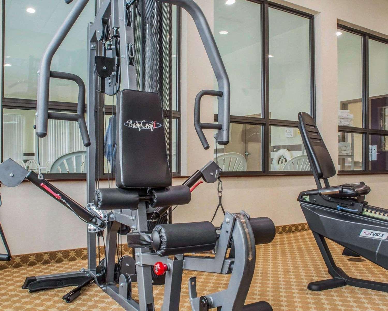 Fitness/ Exercise Room - Comfort Inn & Suites Farmington
