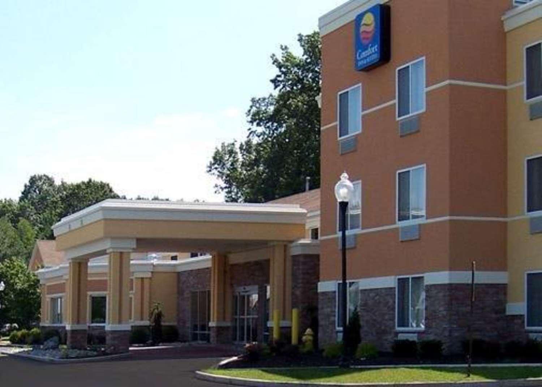 Exterior view - Comfort Inn & Suites Saratoga Springs