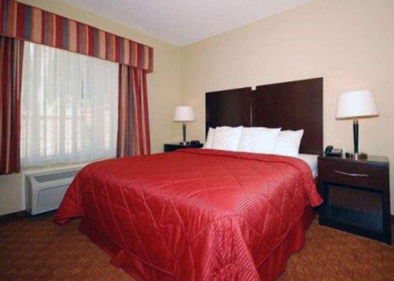 Suite - Comfort Inn & Suites Saratoga Springs