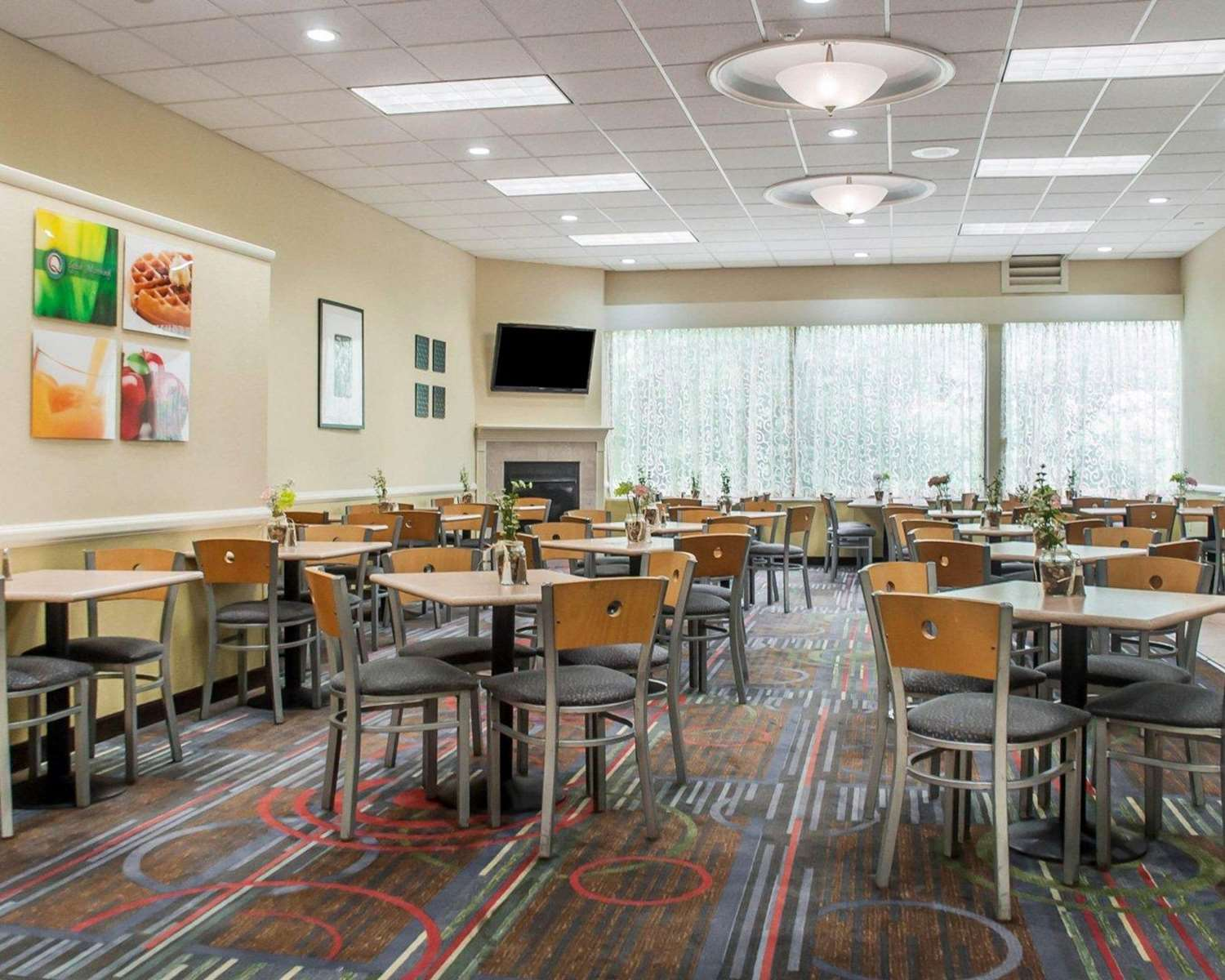 Restaurant - Quality Inn & Suites Vestal