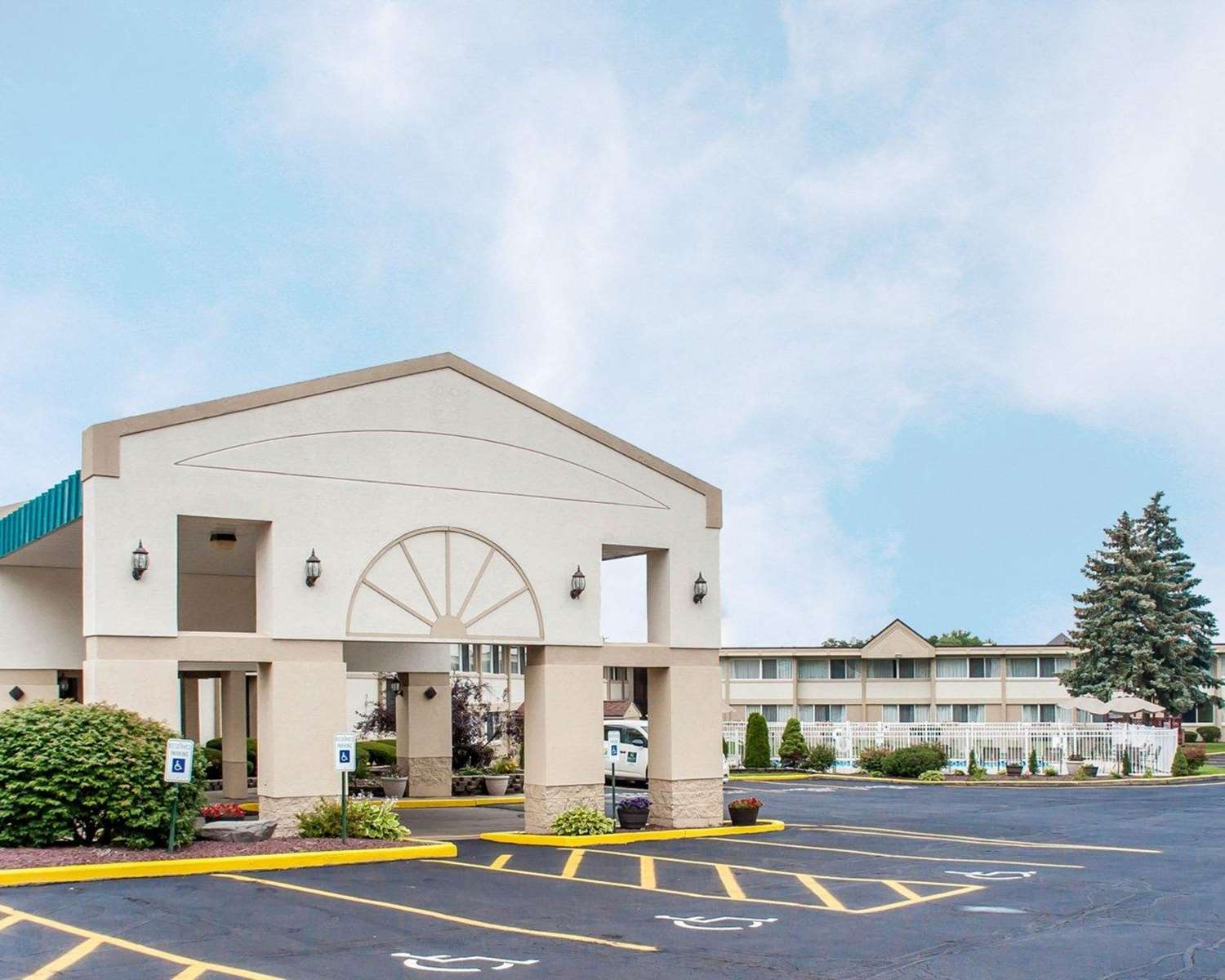Exterior view - Quality Inn & Suites Vestal