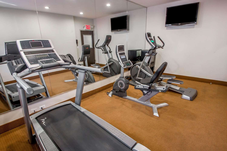 Fitness/ Exercise Room - Sleep Inn Long Island City Queens