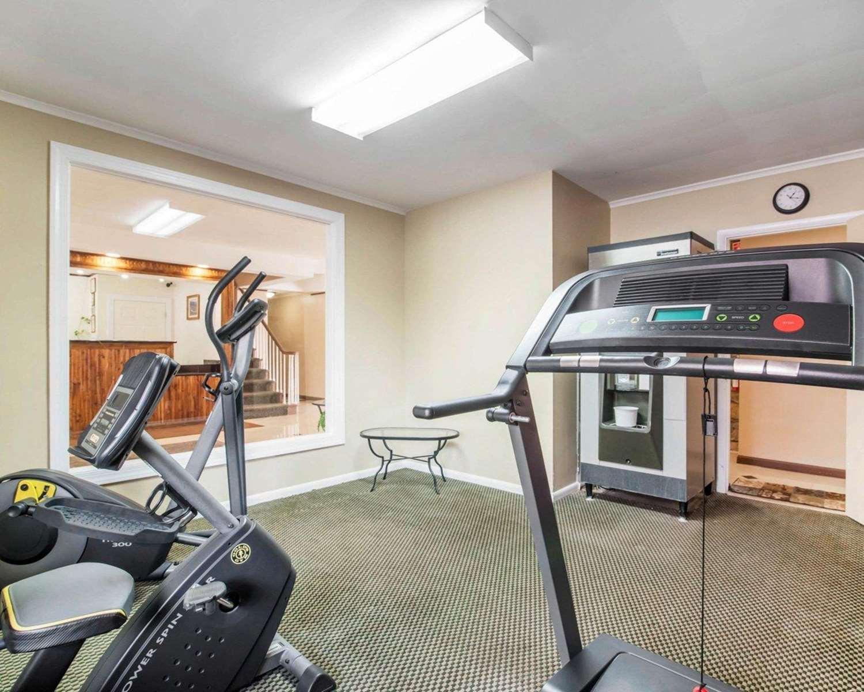 Fitness/ Exercise Room - Rodeway Inn Kingston