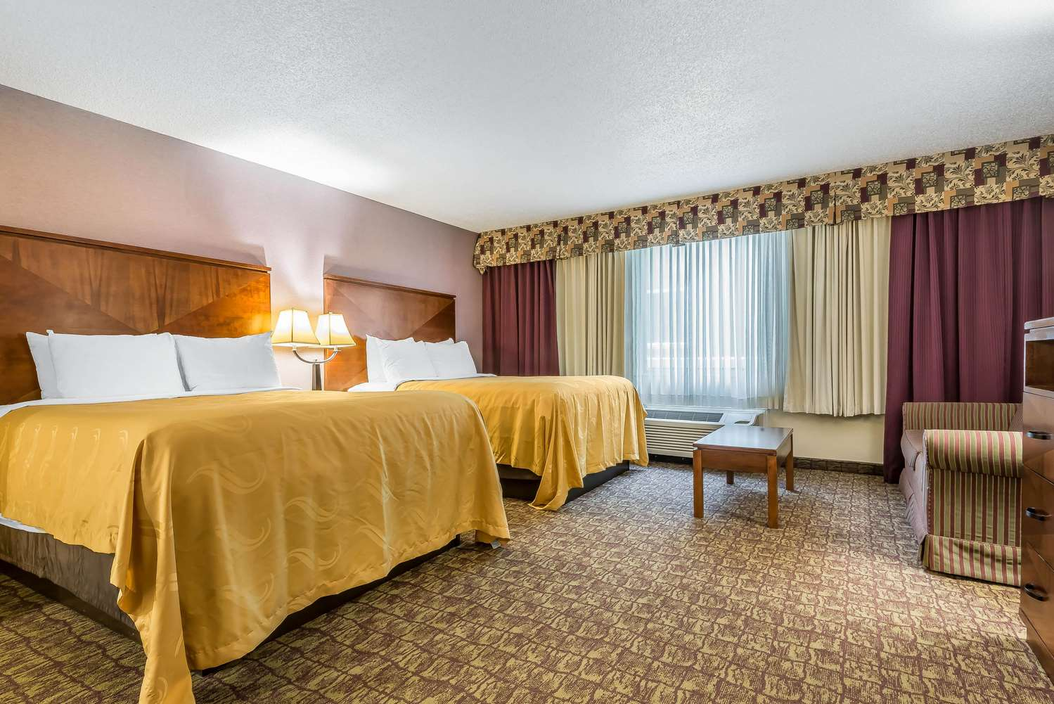Suite - Quality Inn Hamburg