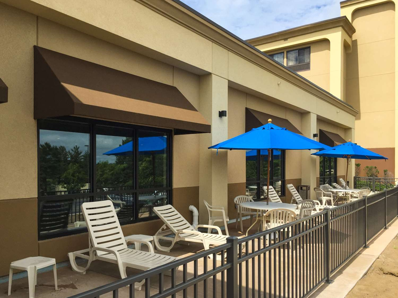 Pool - Comfort Inn Cohoes
