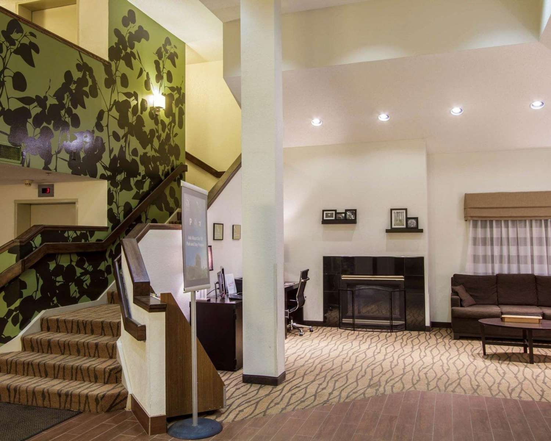 Lobby - Sleep Inn Buffalo Airport Cheektowaga
