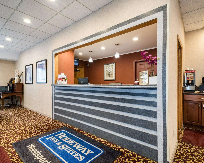 Lobby - Rodeway Inn Weedsport