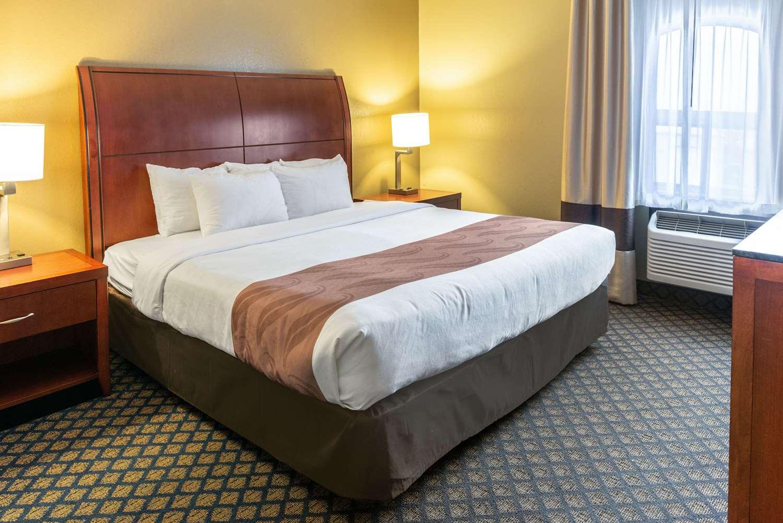 Suite - Quality Inn & Suites Seville