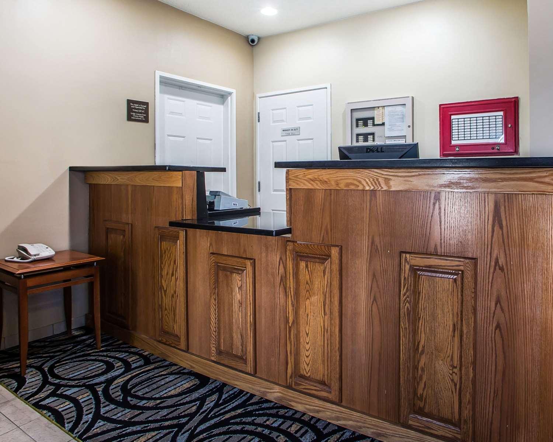 Lobby - Quality Inn North Dayton