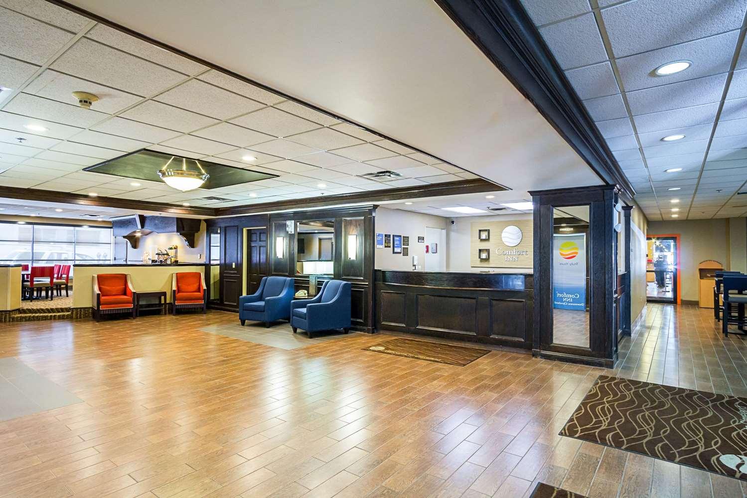Lobby - Comfort Inn Downtown Cleveland