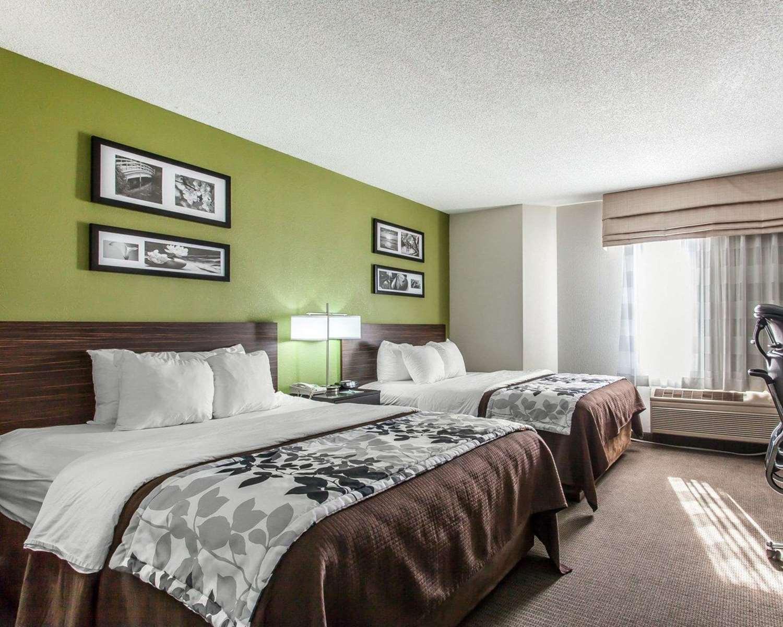 Room - Sleep Inn Austinburg