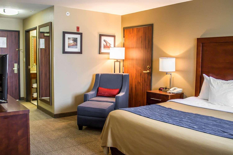 Suite - Comfort Inn & Suites Fremont