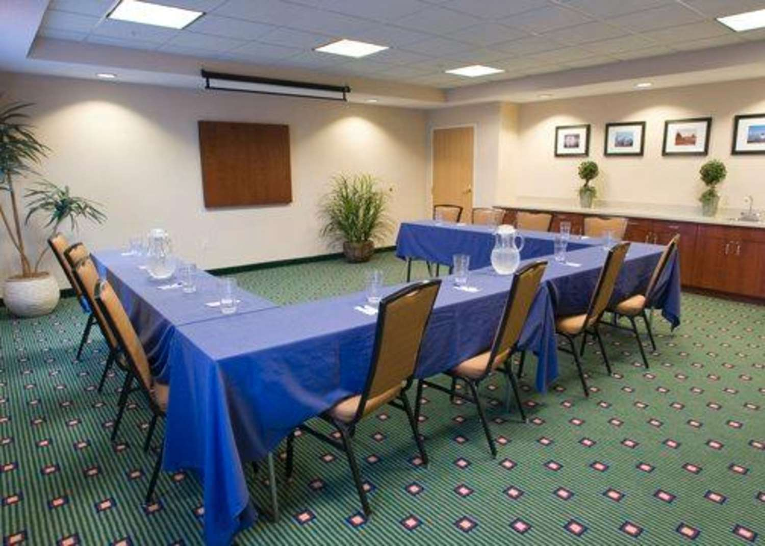 Meeting Facilities - Comfort Inn & Suites West Chester