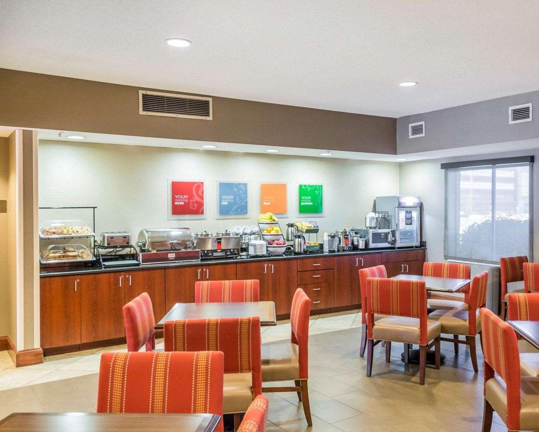 Restaurant - Comfort Inn & Suites West Chester