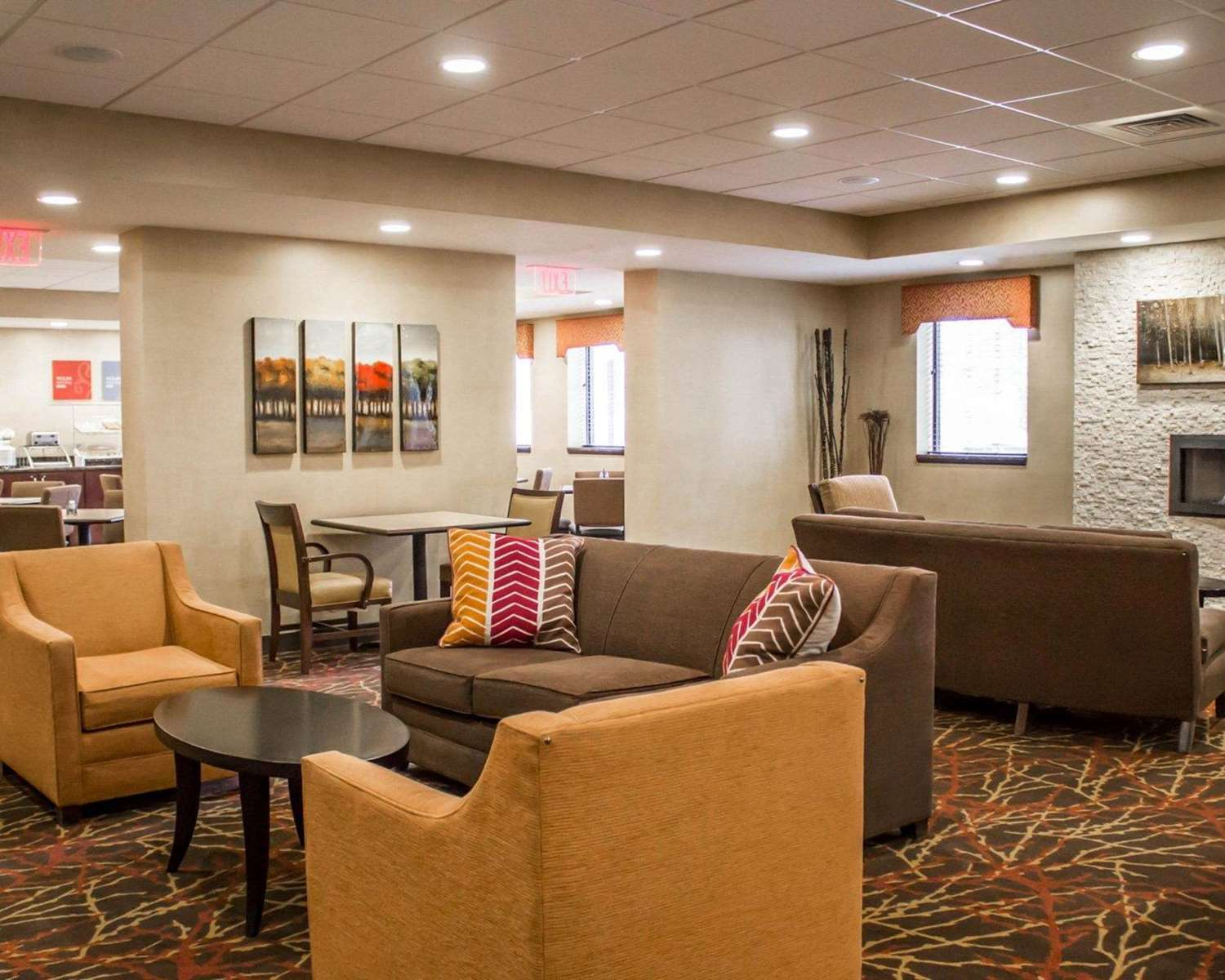 Lobby - Comfort Inn & Suites Wadsworth