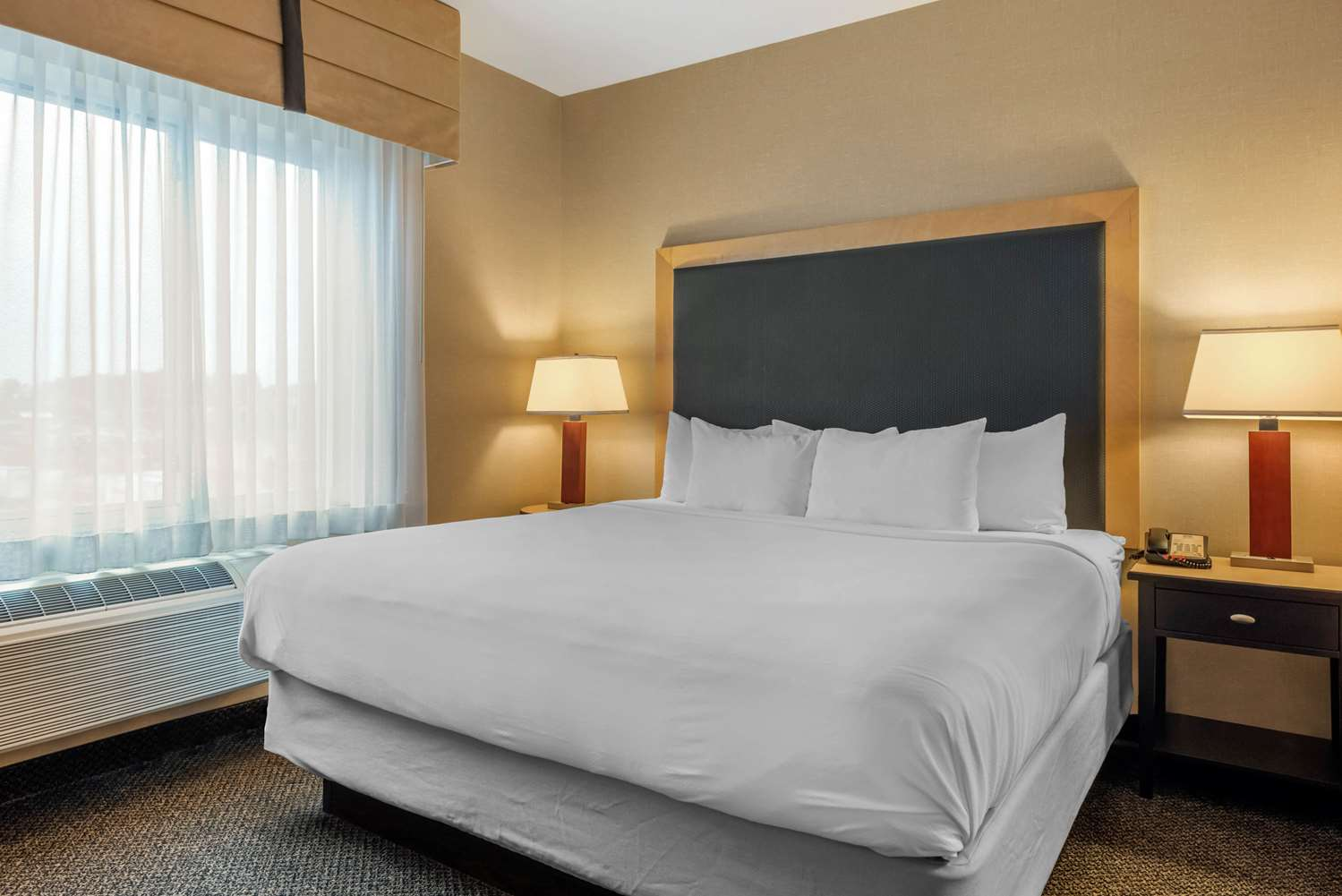 Room - Cambria Hotel Akron-Canton Airport Uniontown