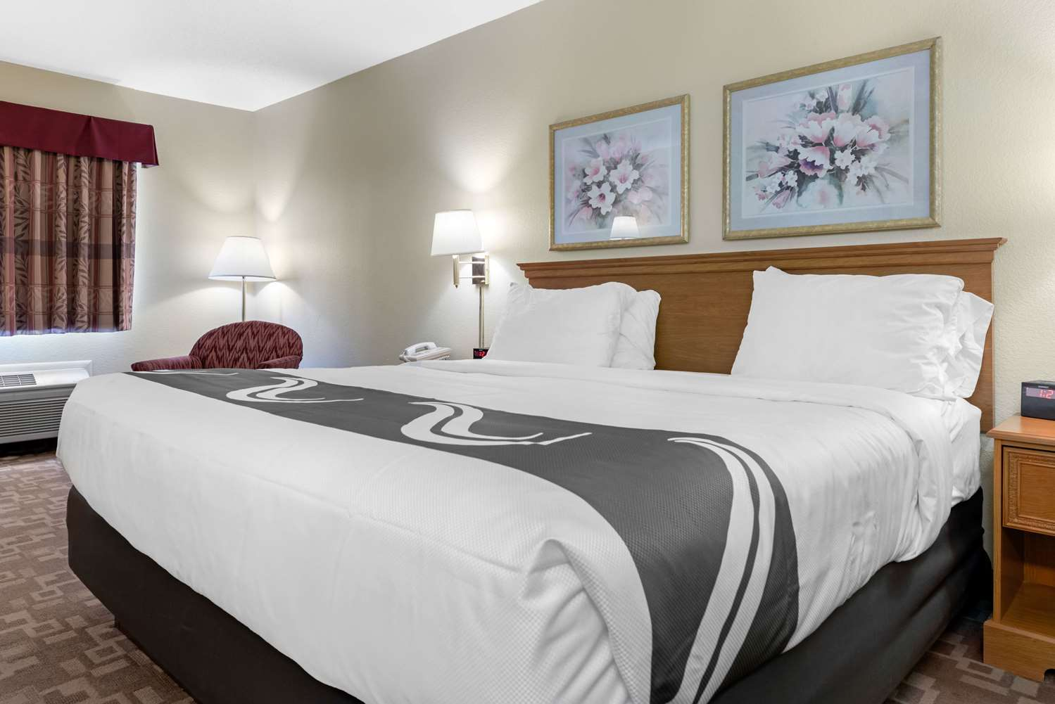 Room - Quality Inn Washington Court House Jeffersonville