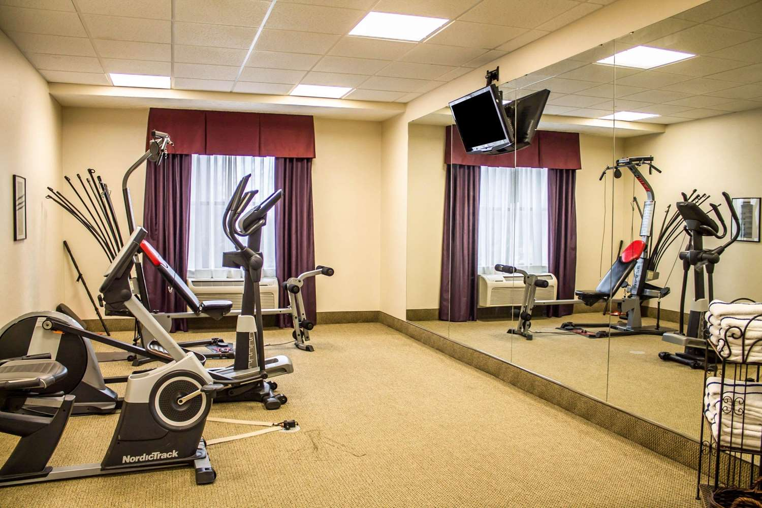 Fitness/ Exercise Room - Comfort Inn & Suites Kent