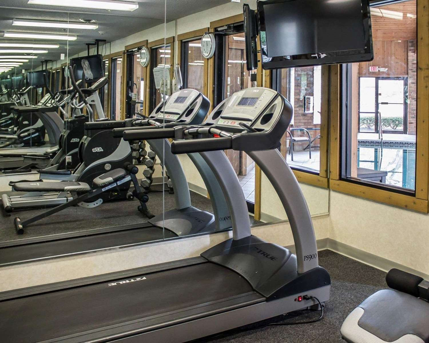 Fitness/ Exercise Room - Quality Inn East Liverpool