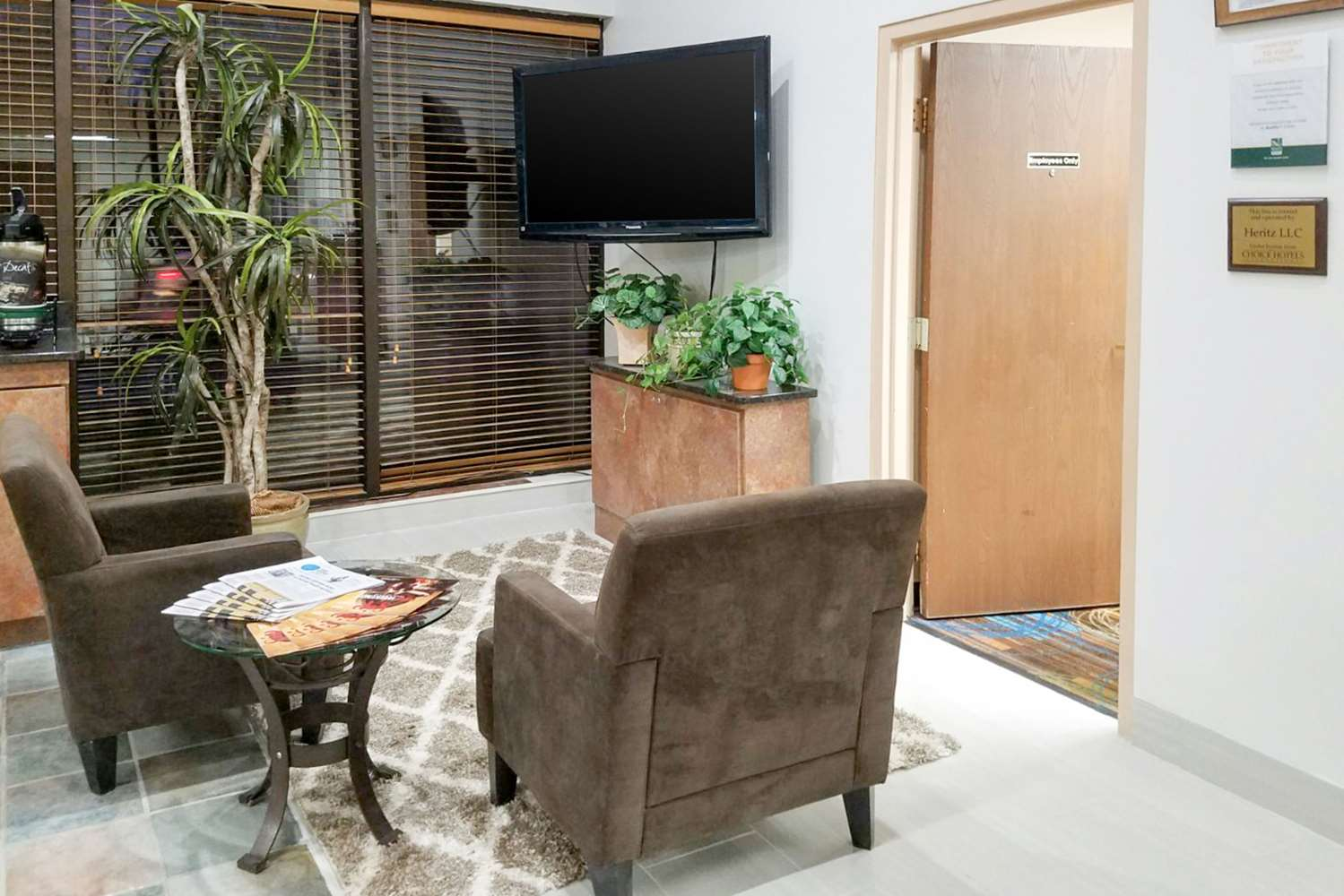Lobby - Quality Inn Toledo West