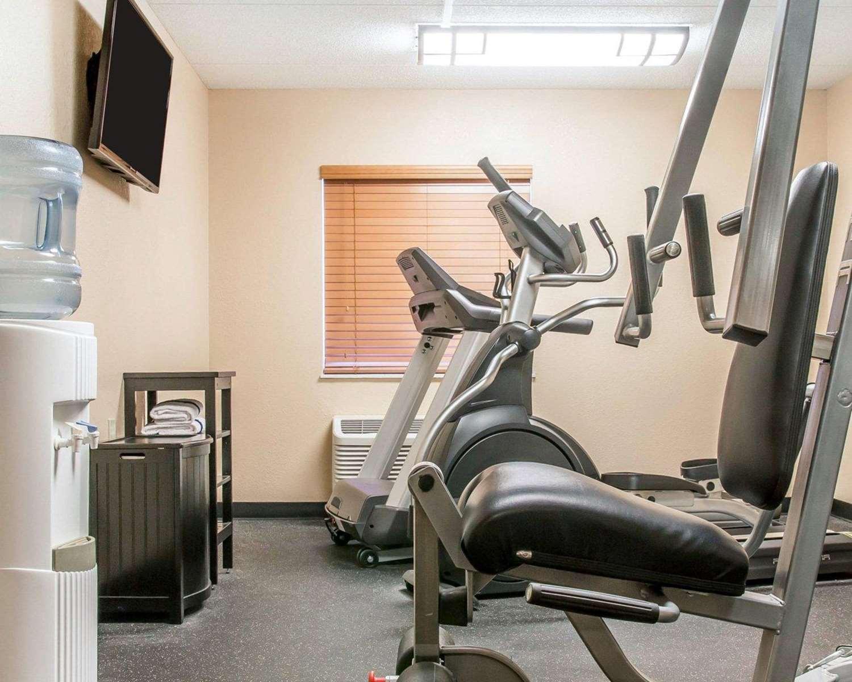 Fitness/ Exercise Room - Quality Inn Toledo West
