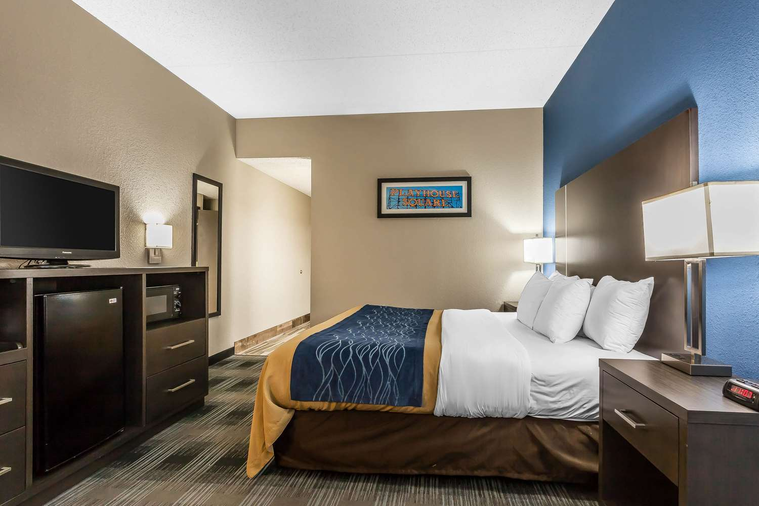Room - Comfort Inn Cleveland Airport Middleburg Heights