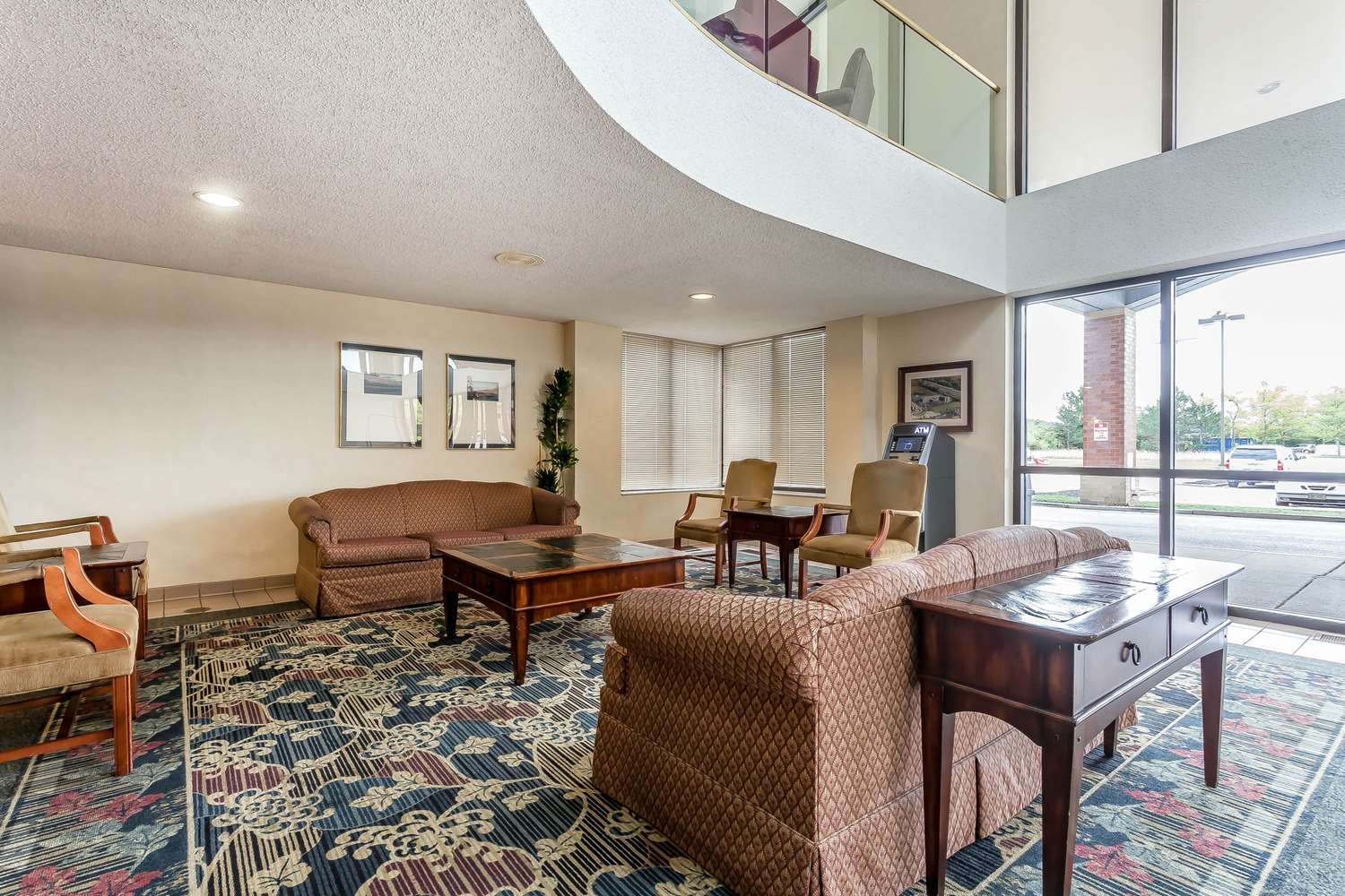 Lobby - Comfort Inn Cleveland Airport Middleburg Heights