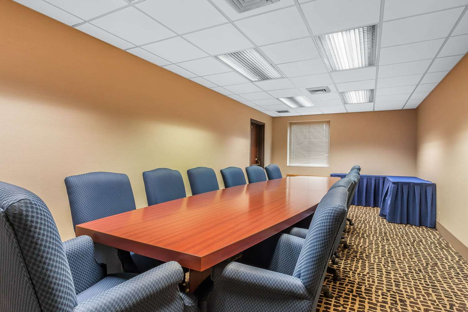 Meeting Facilities - Comfort Inn Cleveland Airport Middleburg Heights