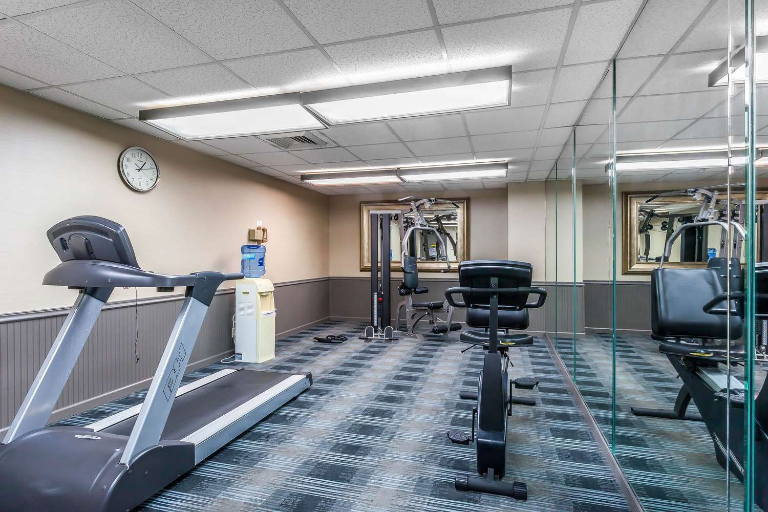 Fitness/ Exercise Room - Comfort Inn Cleveland Airport Middleburg Heights