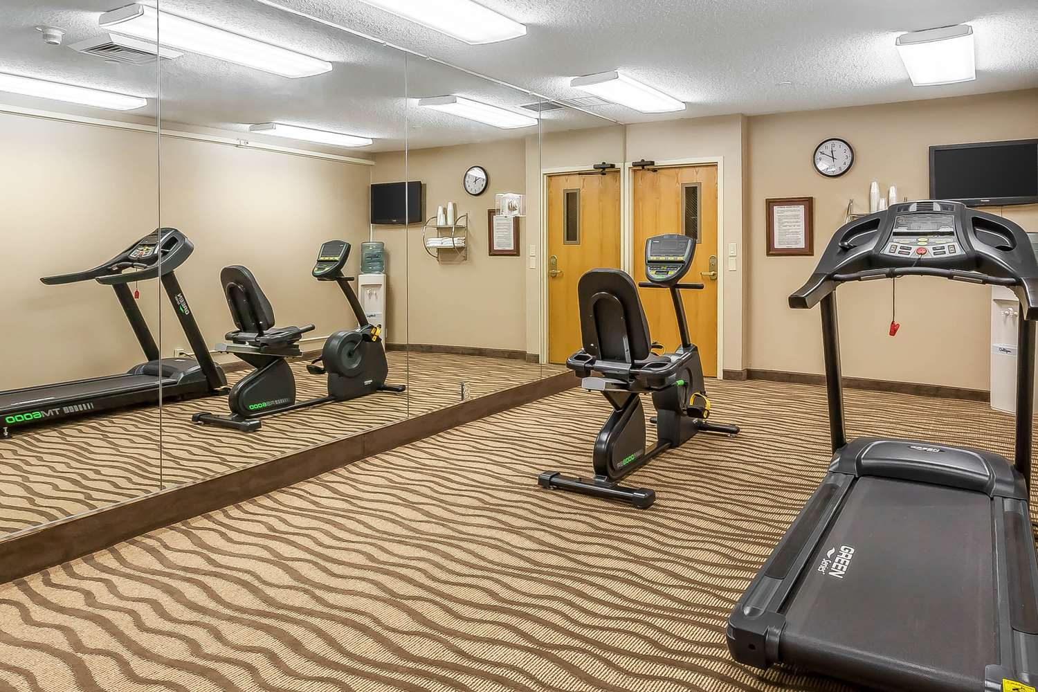 Fitness/ Exercise Room - Comfort Inn Hall of Fame Canton