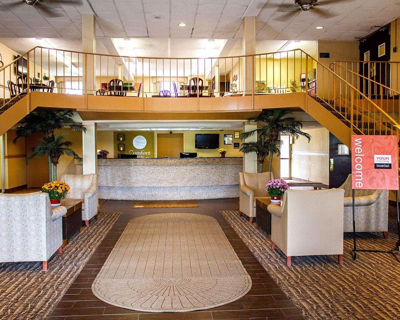 Lobby - Comfort Inn Lima