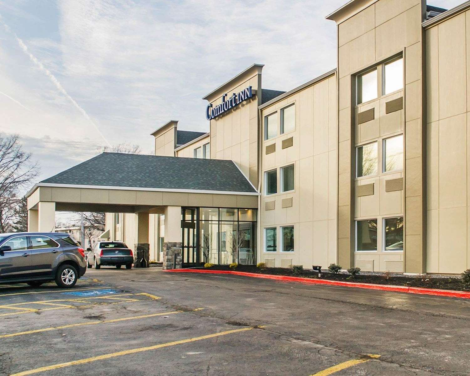 Exterior view - Comfort Inn Mayfield Heights