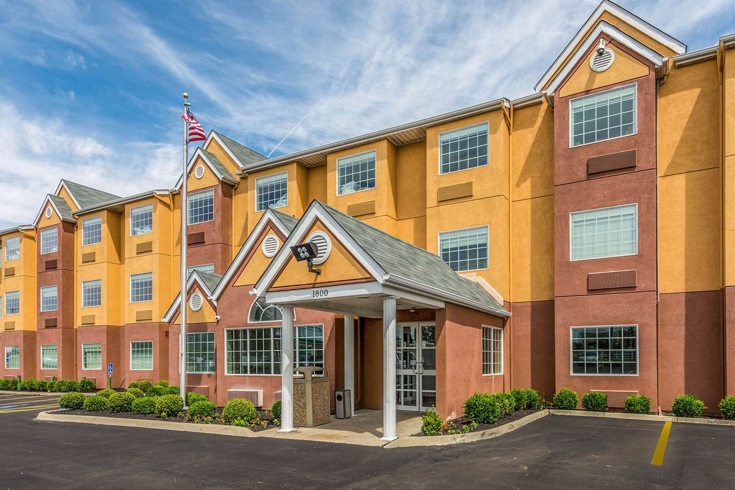 Exterior view - Quality Inn Grove City