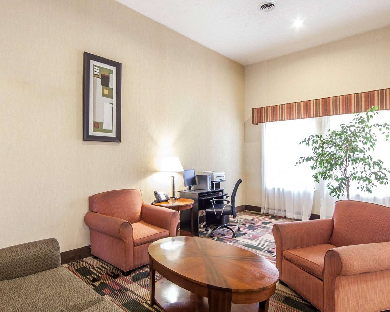 Lobby - Quality Inn & Suites Portsmouth