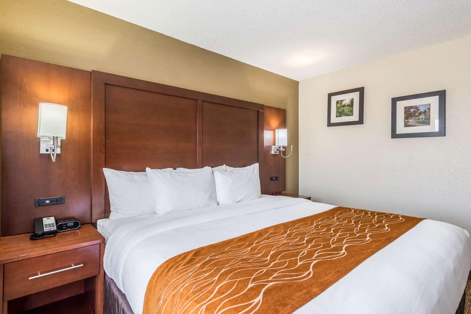 Suite - Comfort Inn & Suites Dayton