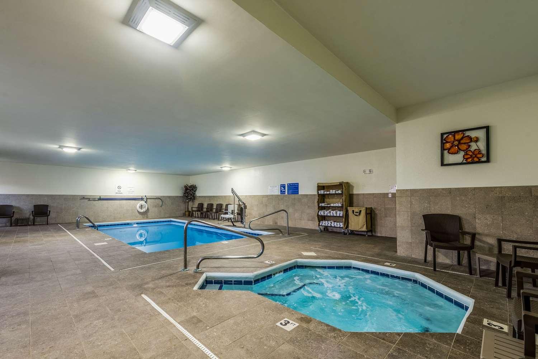 Pool - Comfort Inn & Suites Dayton