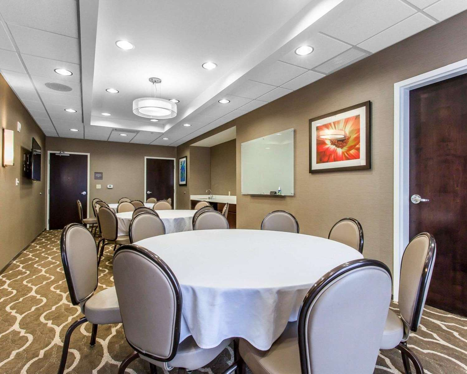 Meeting Facilities - Comfort Suites North Youngstown