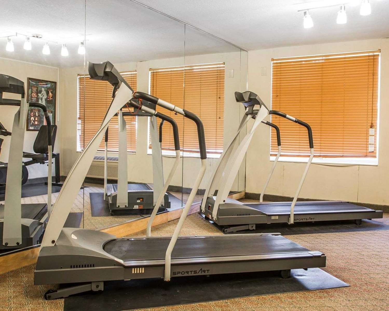 Fitness/ Exercise Room - Quality Inn & Suites Franklin