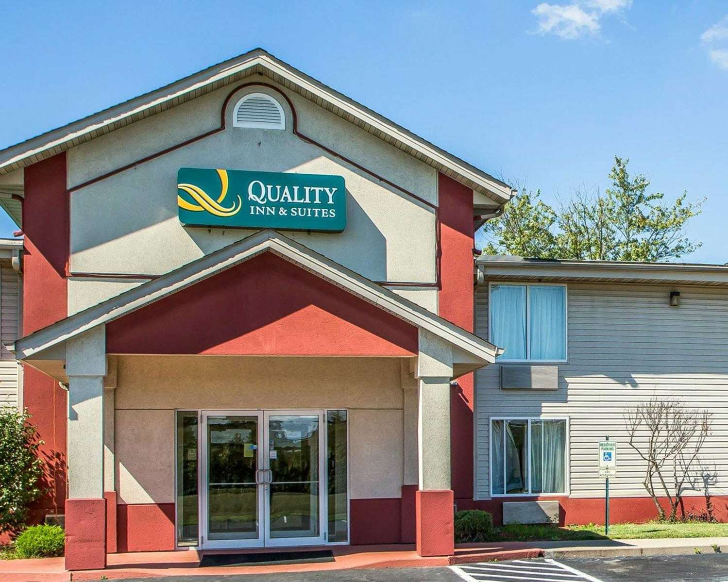 Exterior view - Quality Inn & Suites Franklin