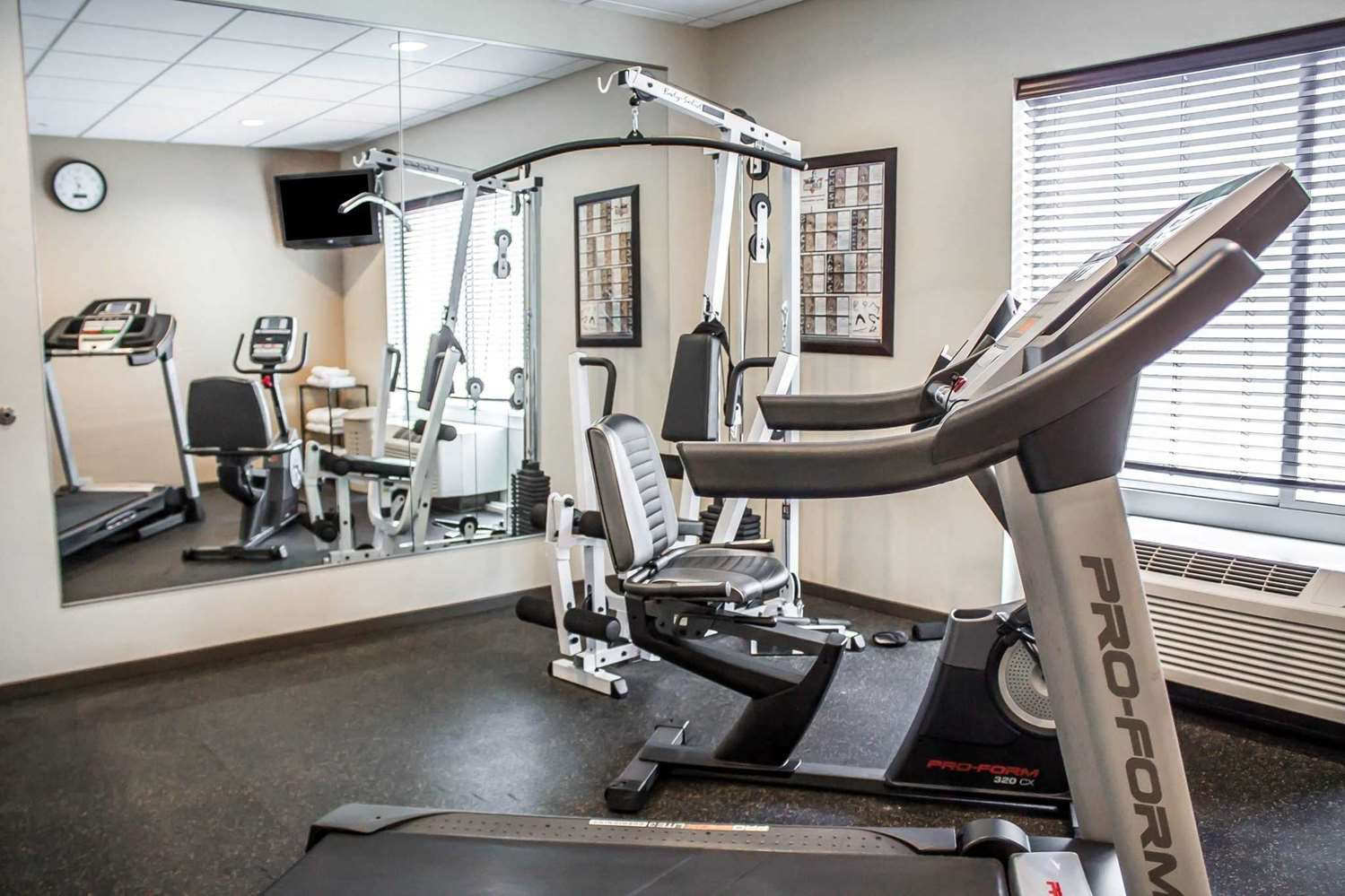 Fitness/ Exercise Room - Comfort Inn St Clairsville