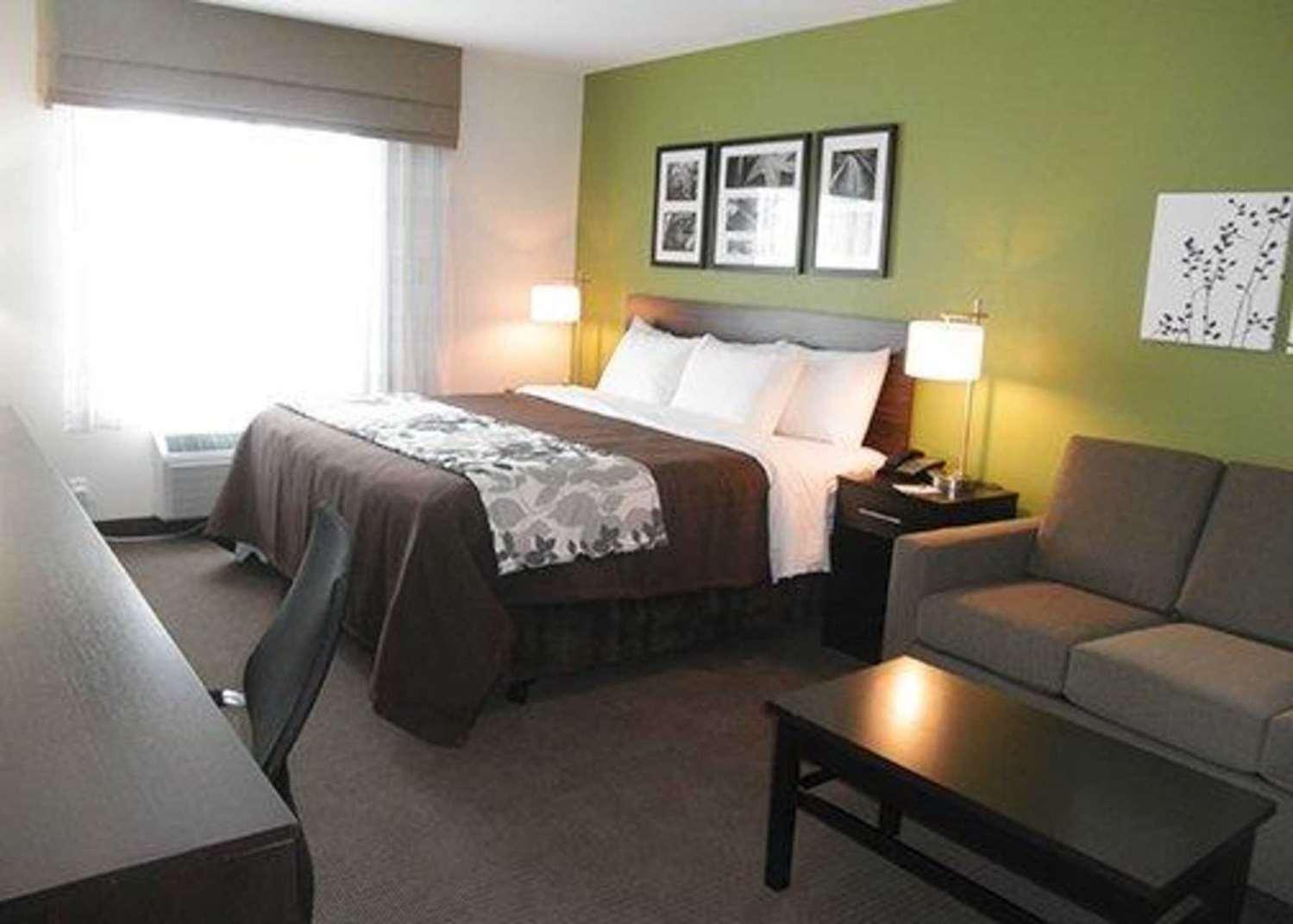 Suite - Sleep Inn & Suites Belmont