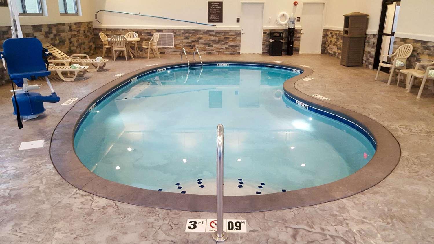 Pool - Sleep Inn & Suites Belmont