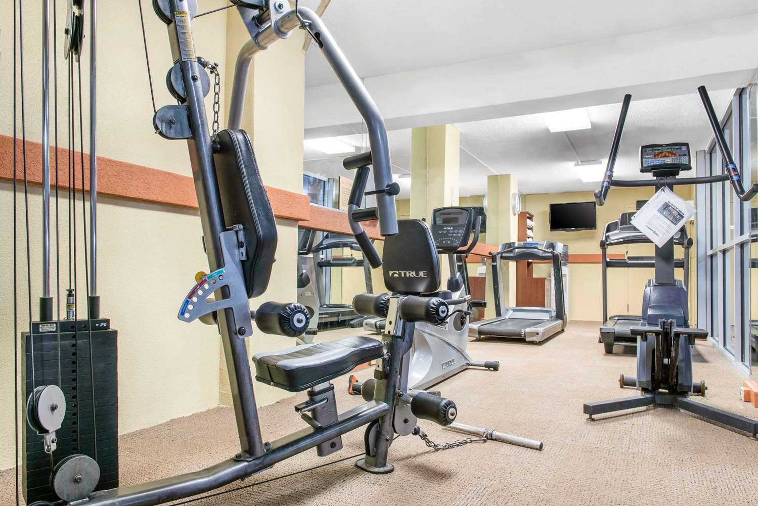 Fitness/ Exercise Room - Clarion Inn Dayton Airport Englewood