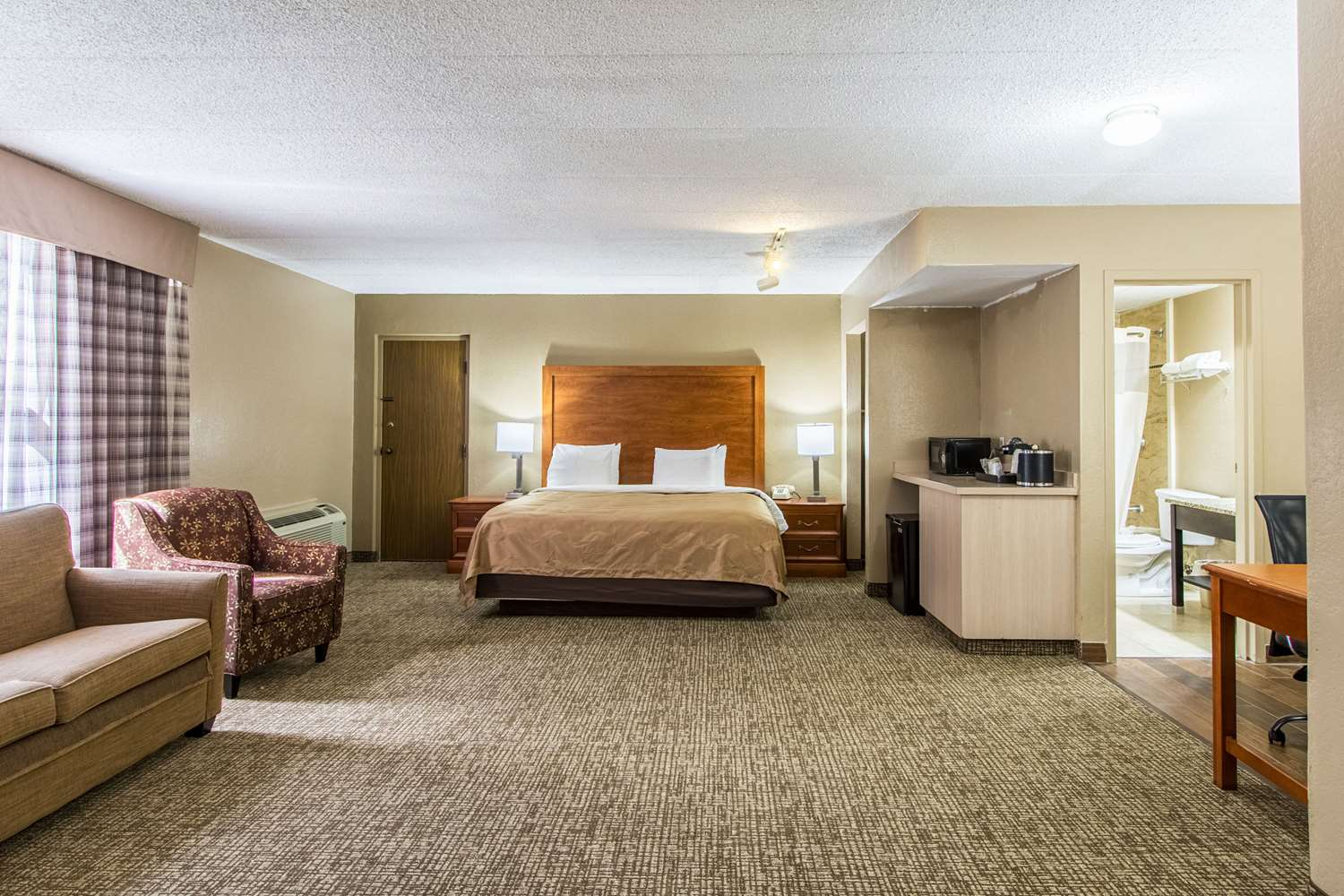 Suite - Quality Inn Wickliffe