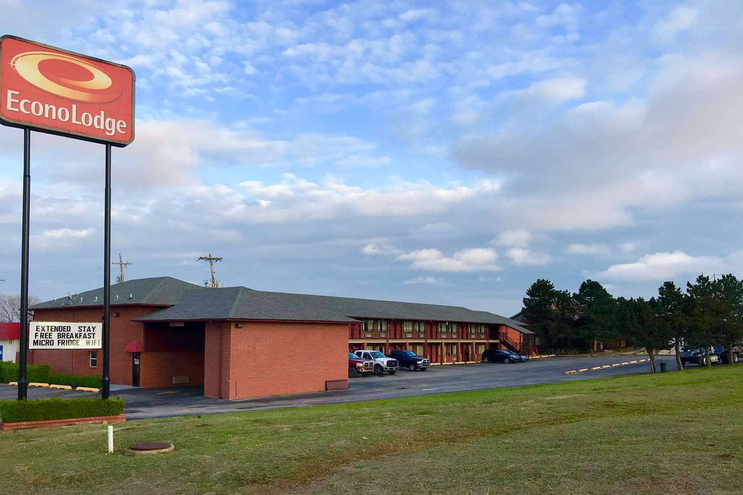 Exterior view - Econo Lodge Purcell