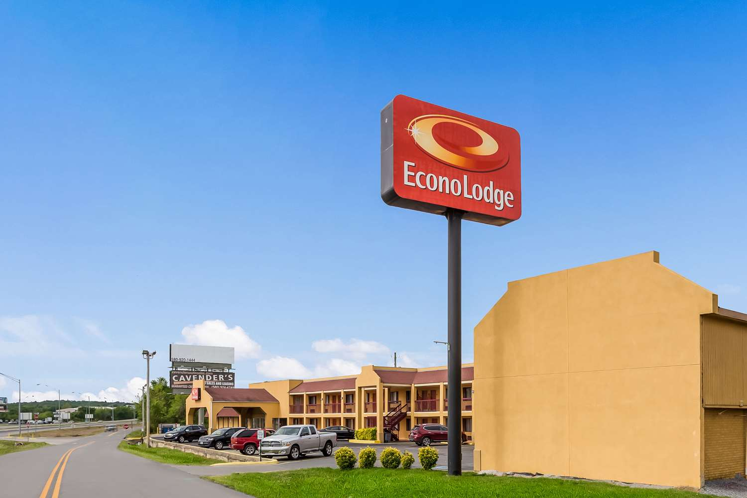 Exterior view - Econo Lodge McAlester