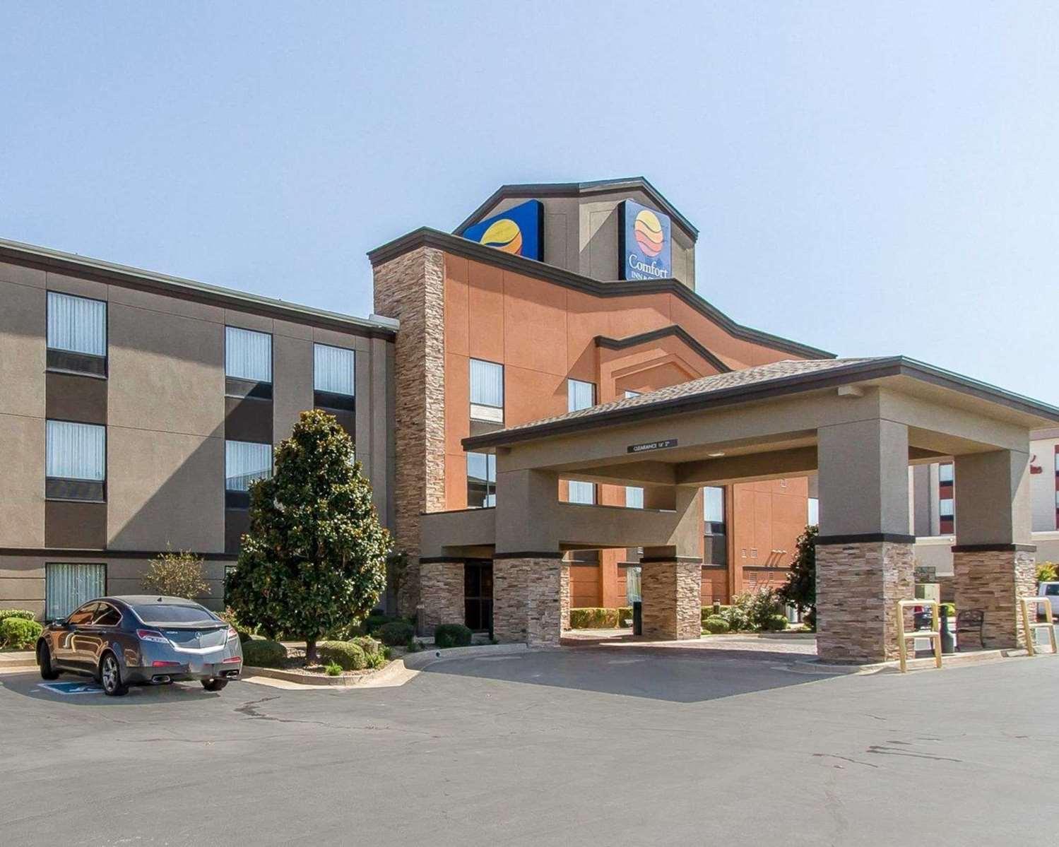 Exterior view - Comfort Inn & Suites Pauls Valley