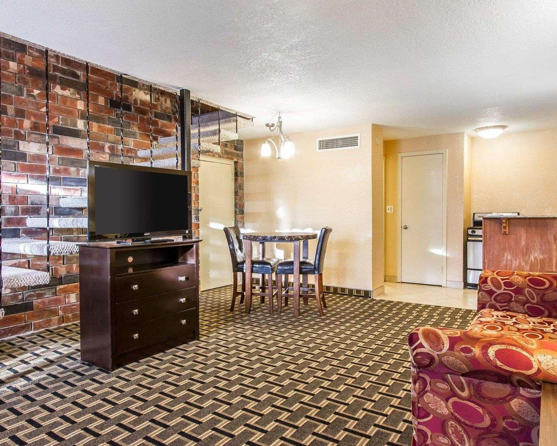 Suite - Quality Inn Ada
