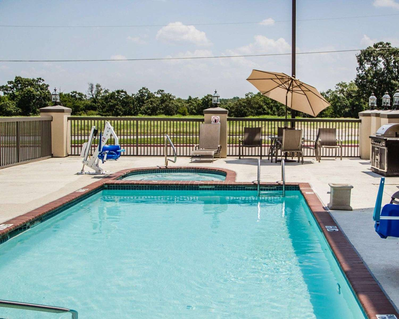 Pool - Comfort Suites McAlester