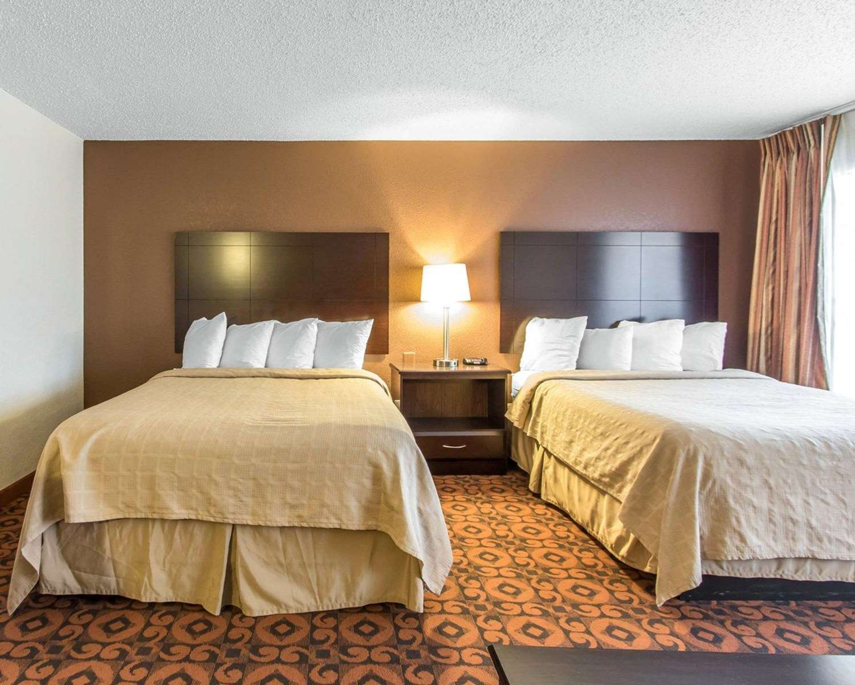 Suite - Quality Inn & Suites Oklahoma City